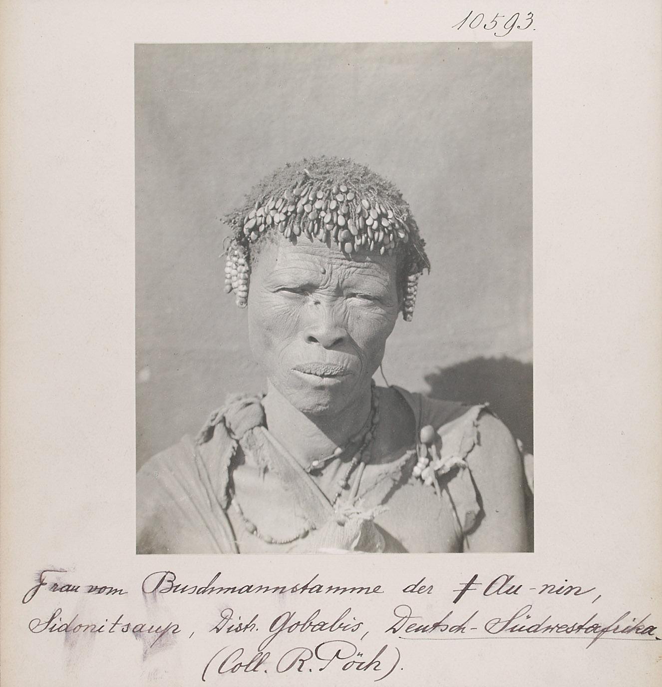 San-Frau der ǂ Au-nin, Sidonitsaup, Distr. Gobabis, Deutsch-Südwestafrika von Rudolf Pöch