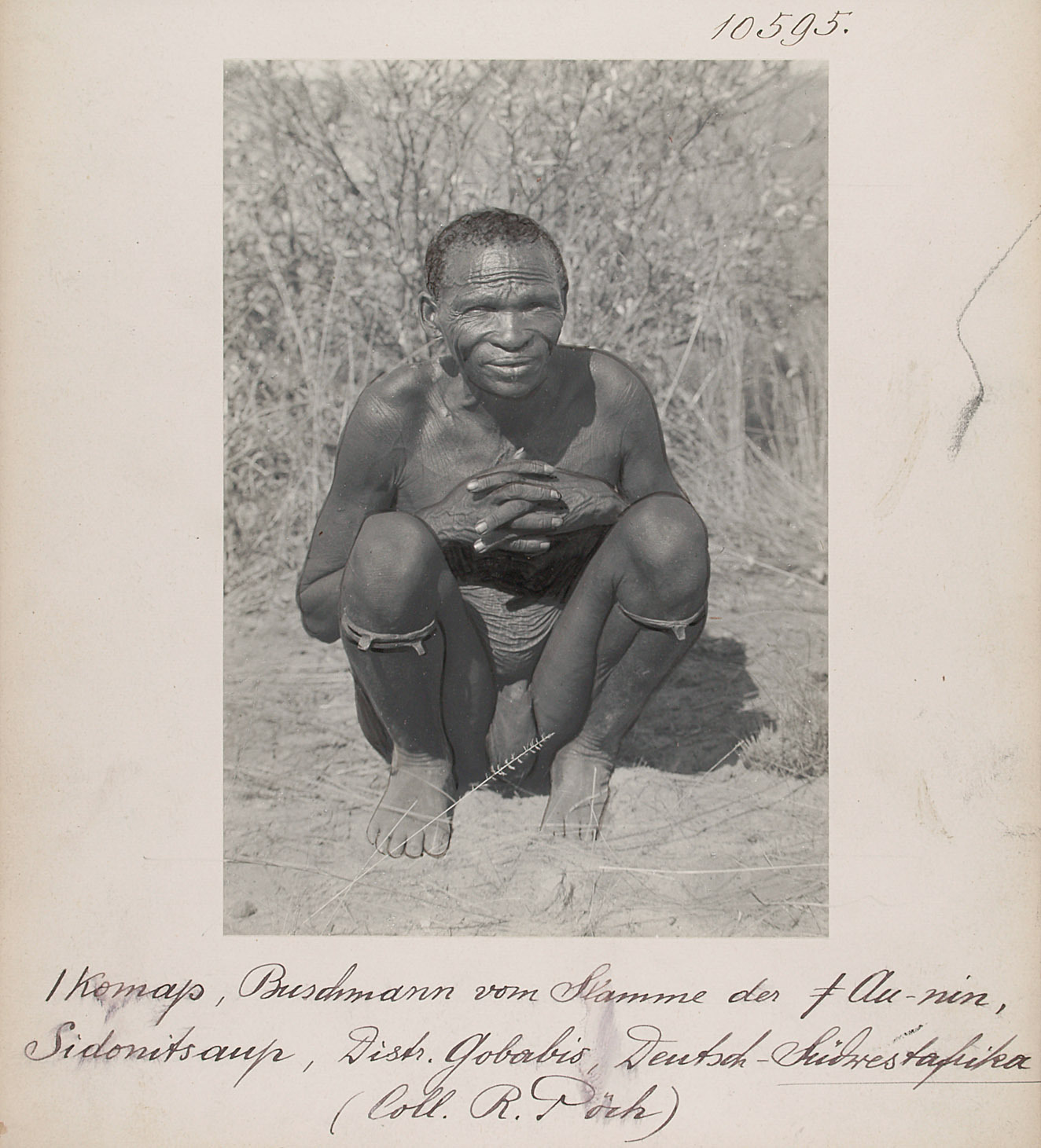 / Komap, San der ǂ Au-nin, Sidonitsaup, Distr. Gobabis, Deutsch-Südwestafrika von Rudolf Pöch