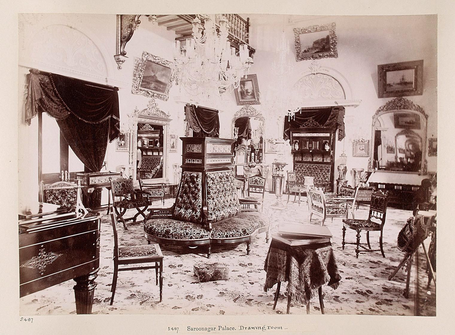 Hyderabad: Saroonagar Palast, Salon von Lala Deen Dayal