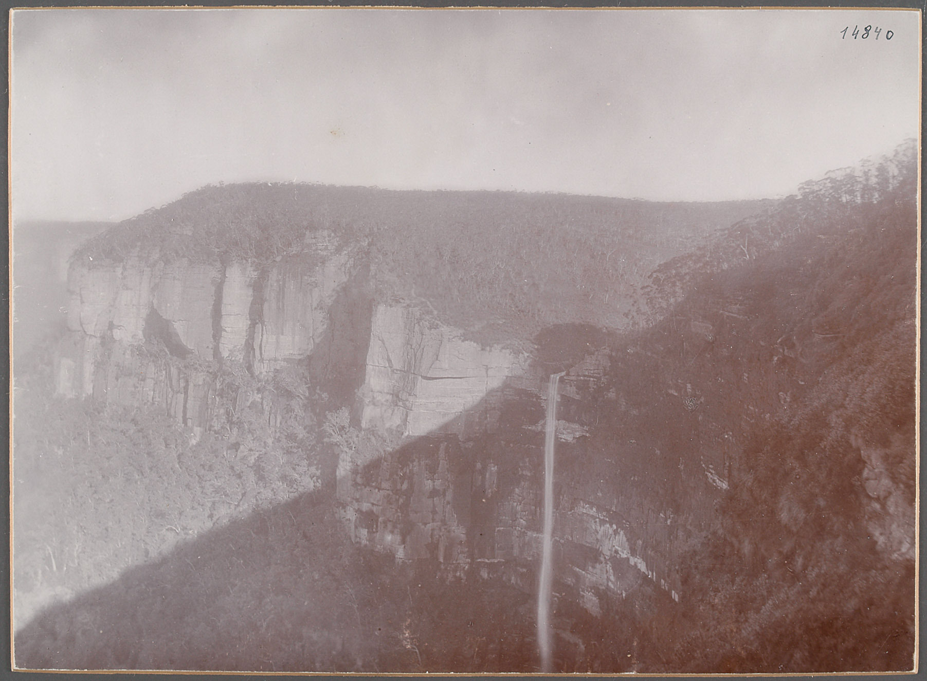 "Australien, ""Blackheadfall"". 17.V.1893 [Blackheath] von Eduard Hodek jun."