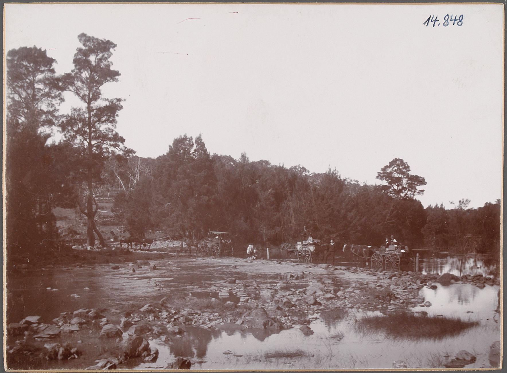 Australien, Durch den Wallendelly River. 25.V.1893 von Eduard Hodek jun.