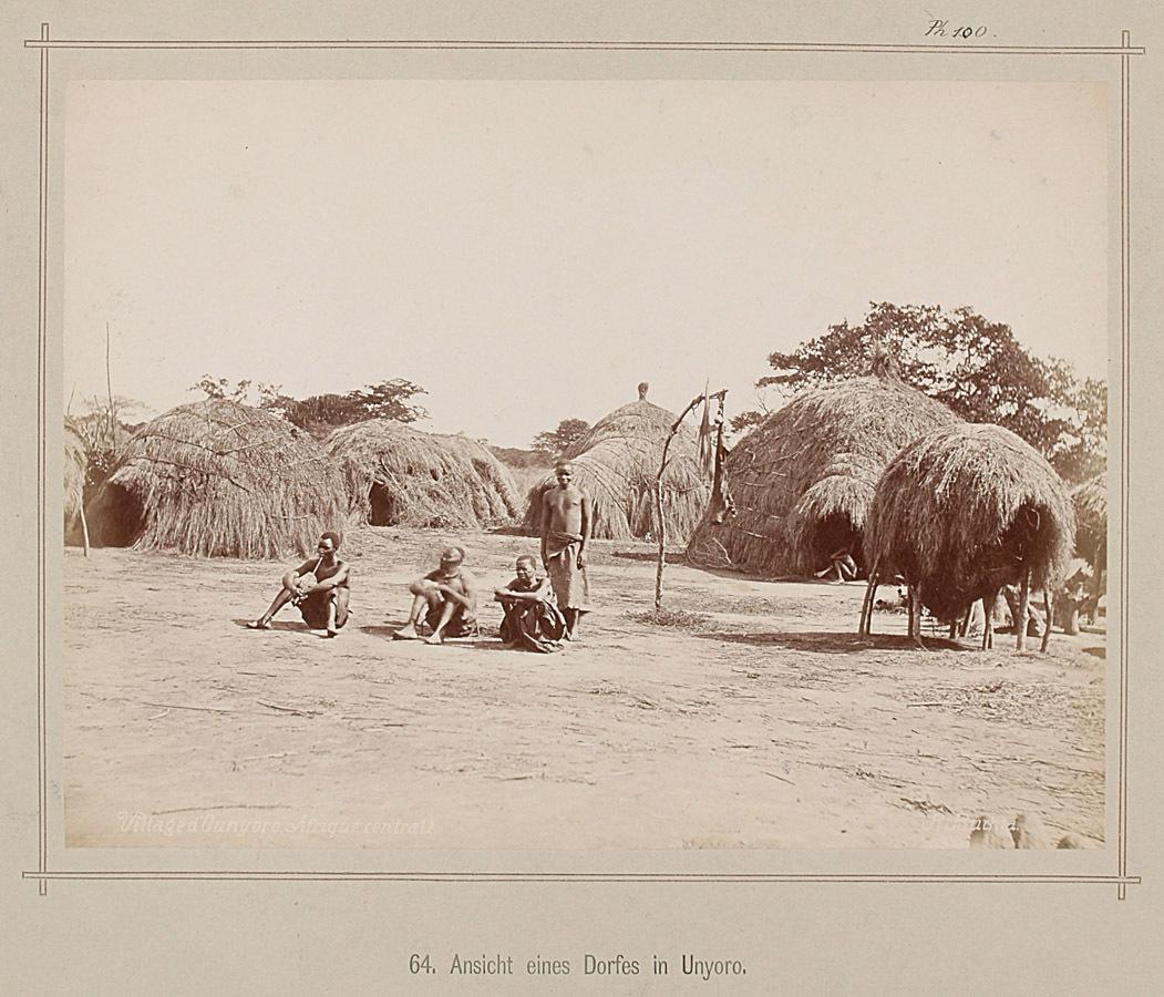 64. Ansicht eines Dorfes in Unyoro von Richard Buchta