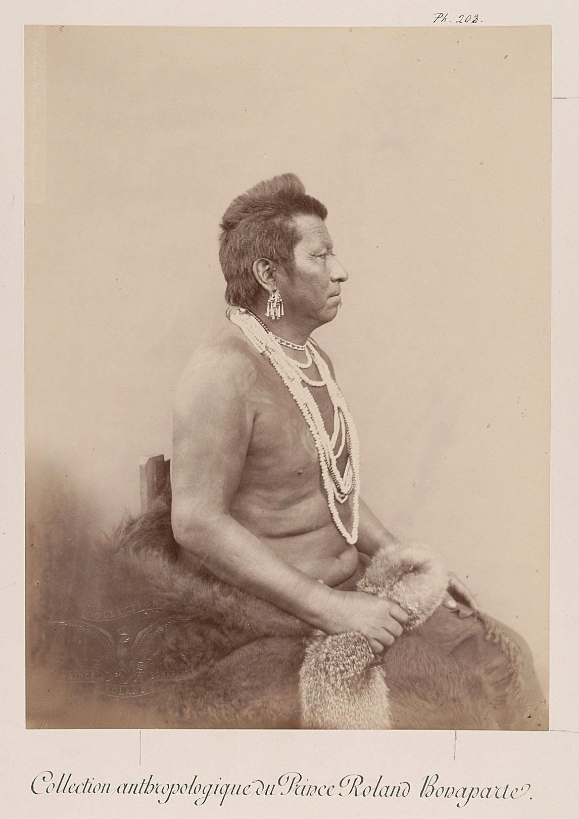 Bright-Eye - Inshta-labi, Mann, Profilansicht von Prinz Roland Napoléon Bonaparte