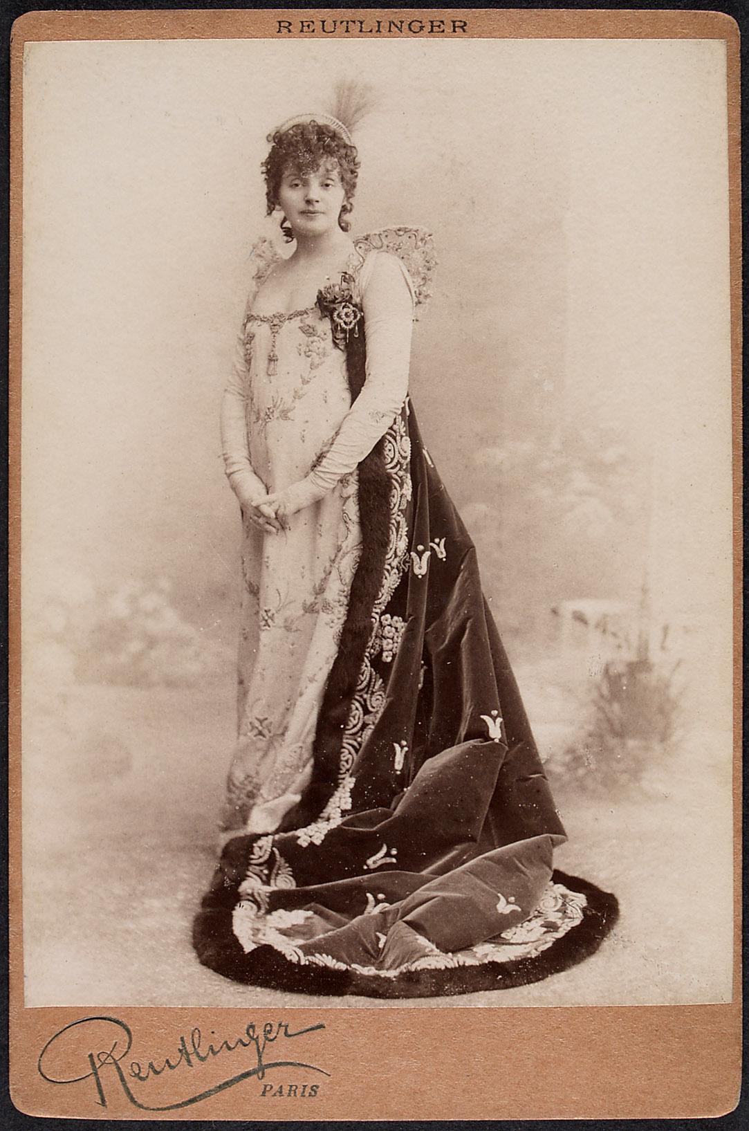 Gabrielle Rejane von Reutlinger, Paris