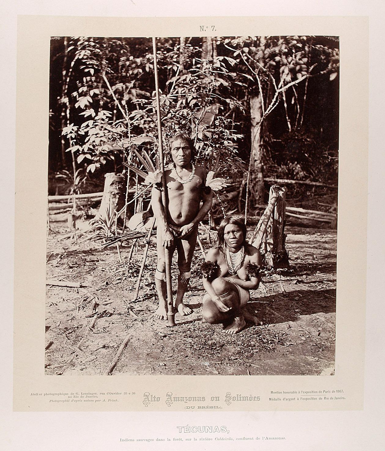 Indianer mit Blasrohr und Indianerin von Albert Frisch