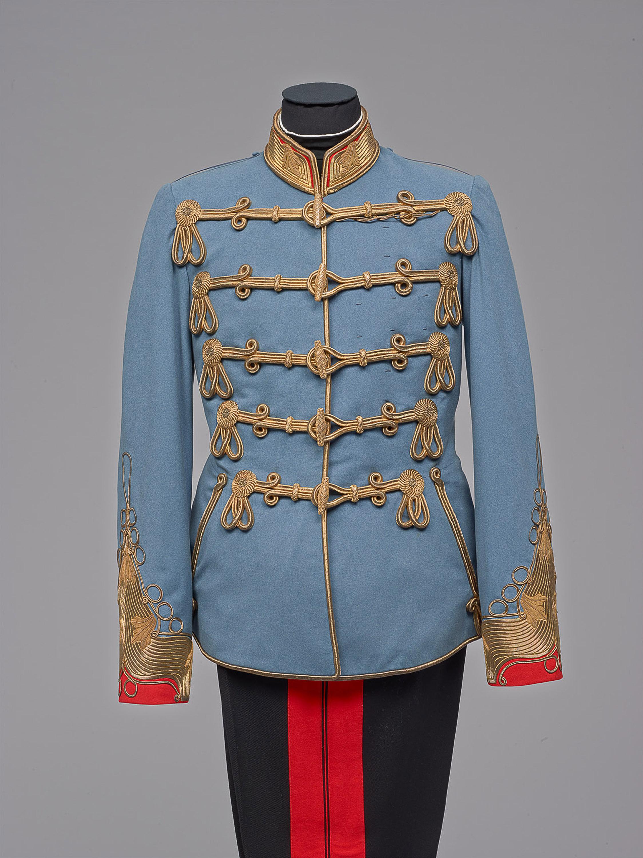Campagne-Uniform eines österreichischen Feldmarschalls in ungarischer Adjustierung, aus dem persönlichen Besitz des Kaisers Franz Joseph I. von Anton Uzel & Sohn
