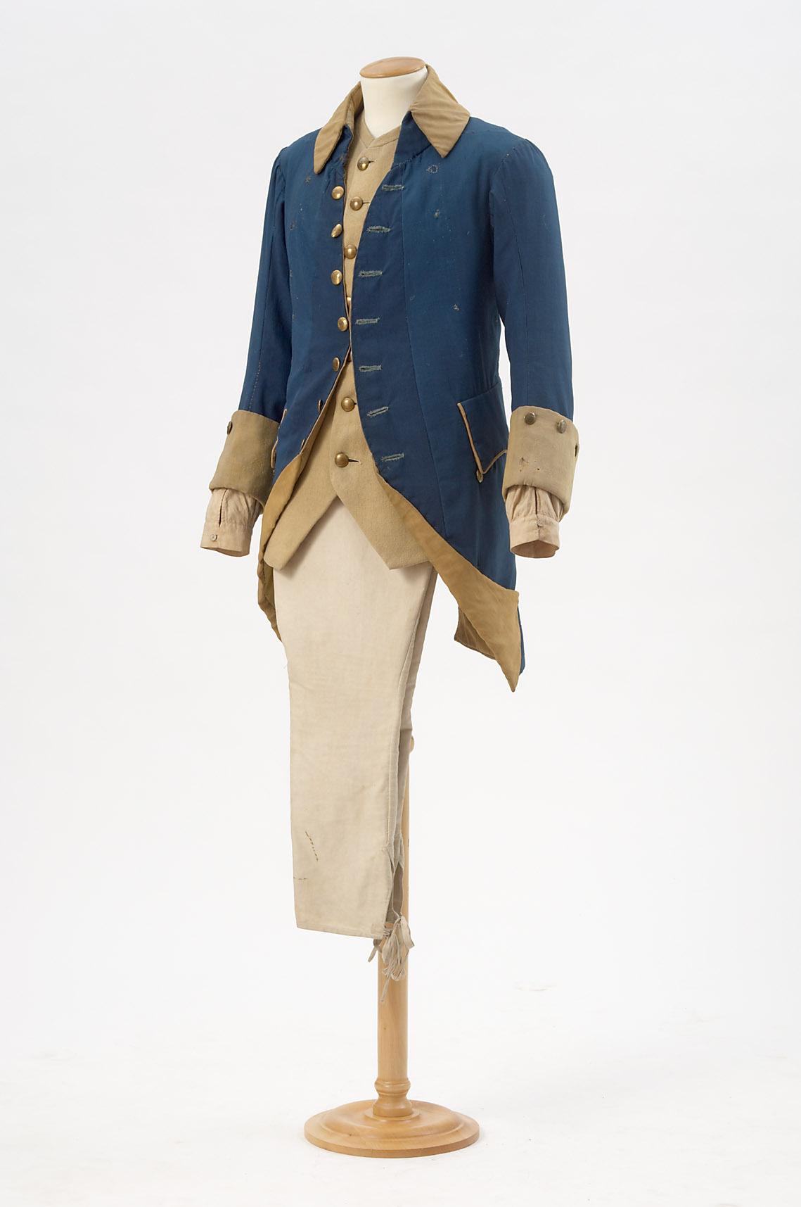 Zwölf Mädchen in Uniform von Johann Nepomuk Nestroy