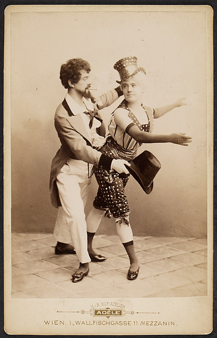 Ein Tanzmärchen von Adele K.u.K Hof-Atelier, Wien
