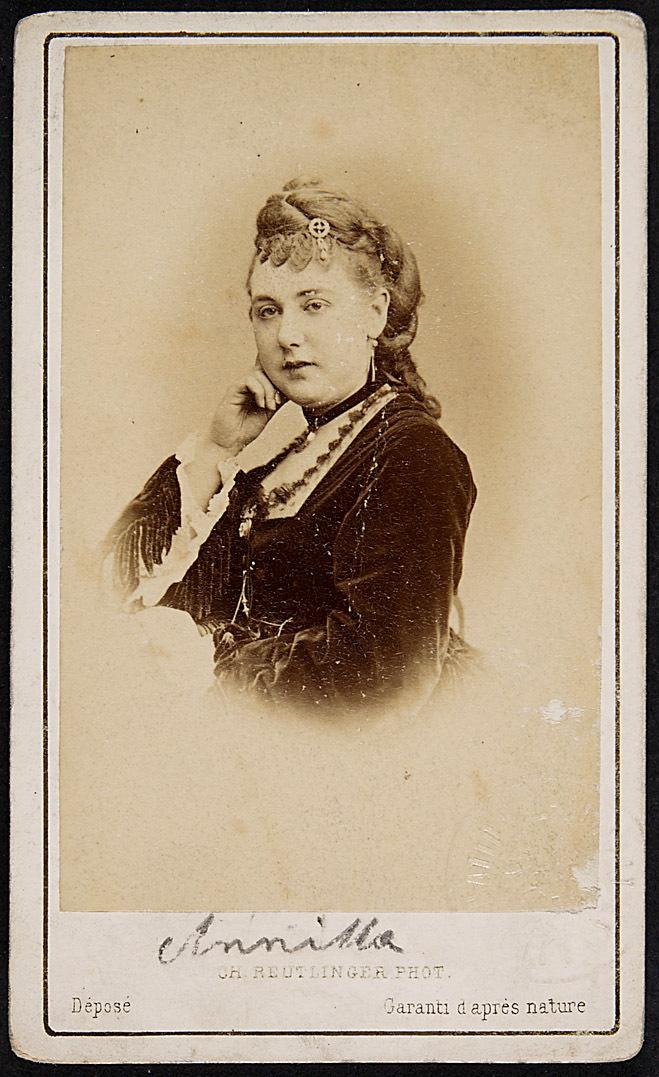 Frl. Anita von Ch. Reutlinger Phot., Paris