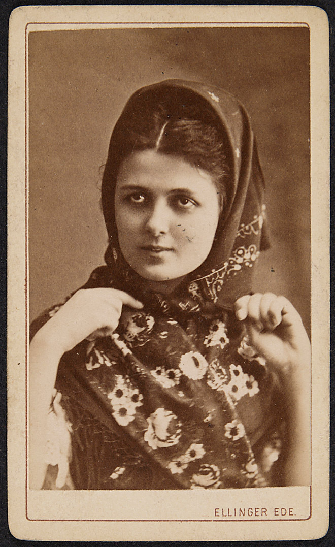 Louise Blaha von Ellinger, Budapest