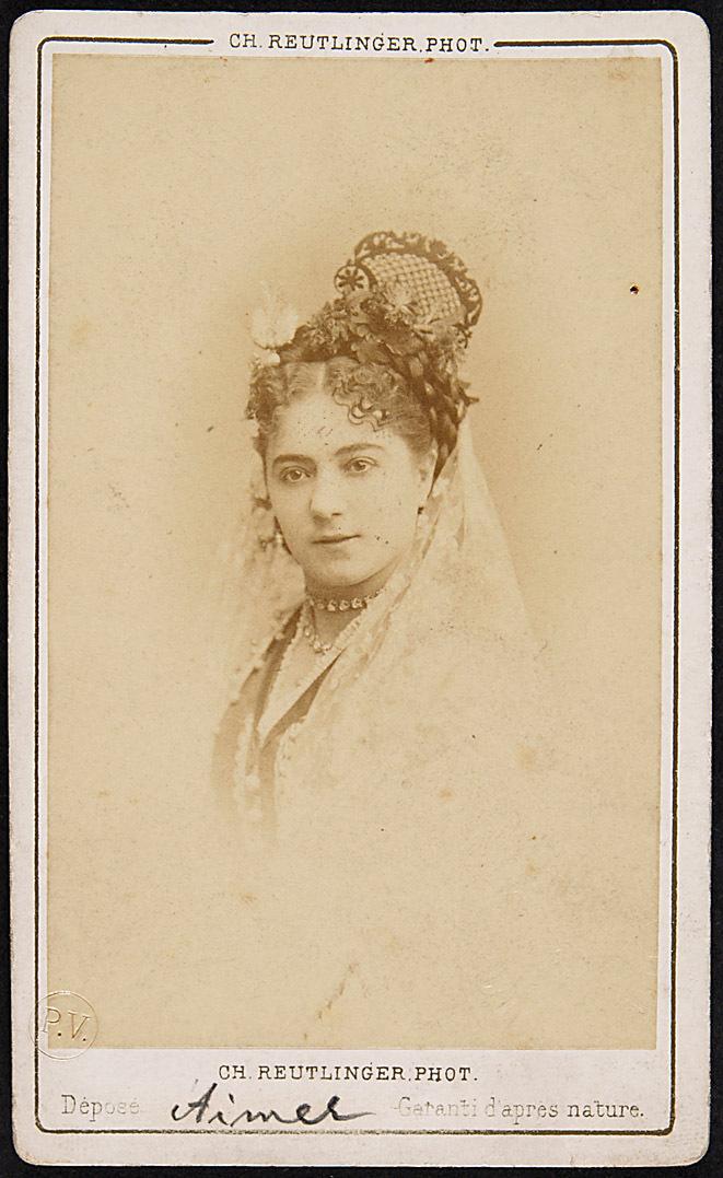 Frl. Aimée von Ch. Reutlinger Phot., Paris