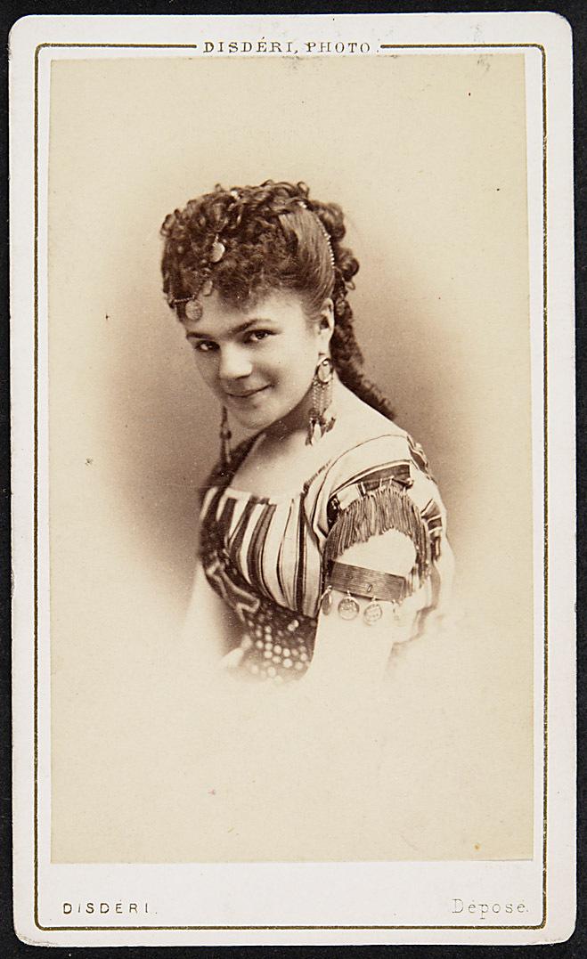 Celie Chaumont von Disderi, Paris - London