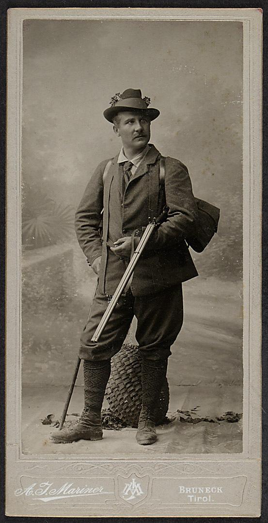 Franz Naval von A. J. Mariner, Bruneck i. T.