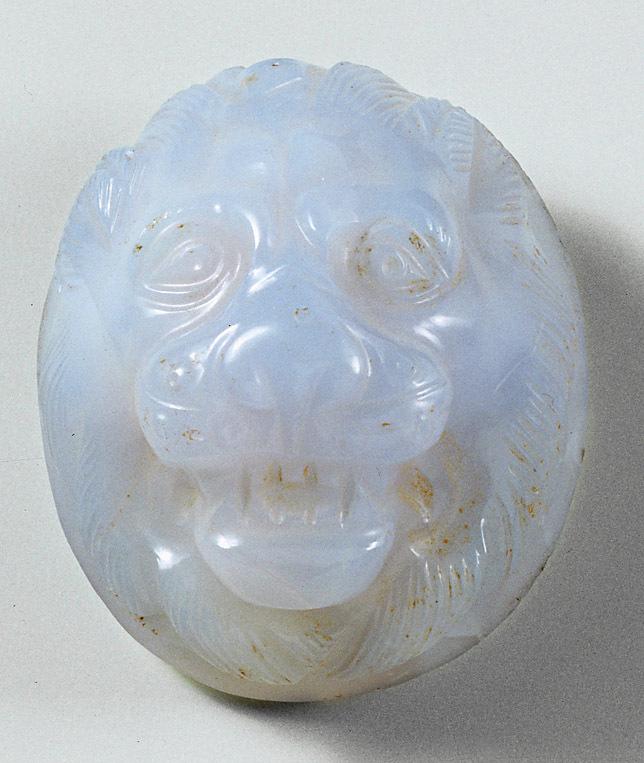 Phalera mit Kopf eines Löwen
