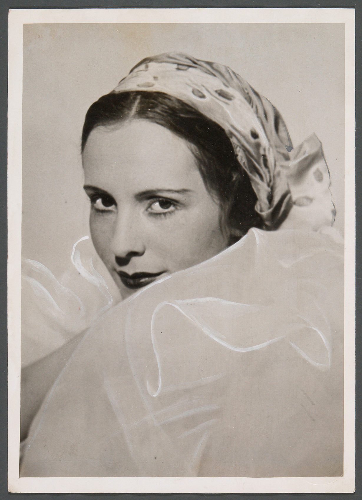 Jarmila Novotna von Atelier Willinger, Wien