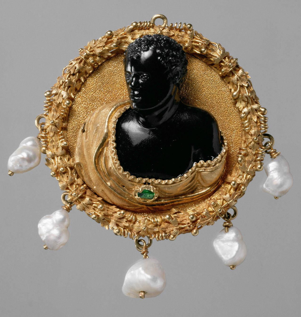 Hutmedaillon mit dem Brustbild eines Afrikaners