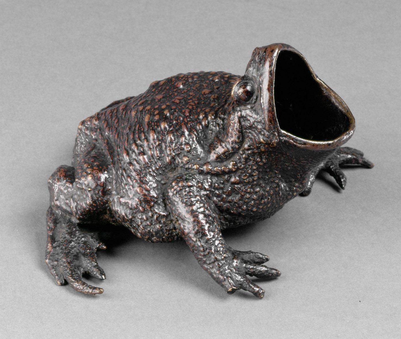 Sandgefäß in Gestalt einer Kröte